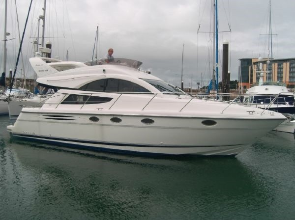 2004 Fairline Phantom 40 kr 1.950.000-